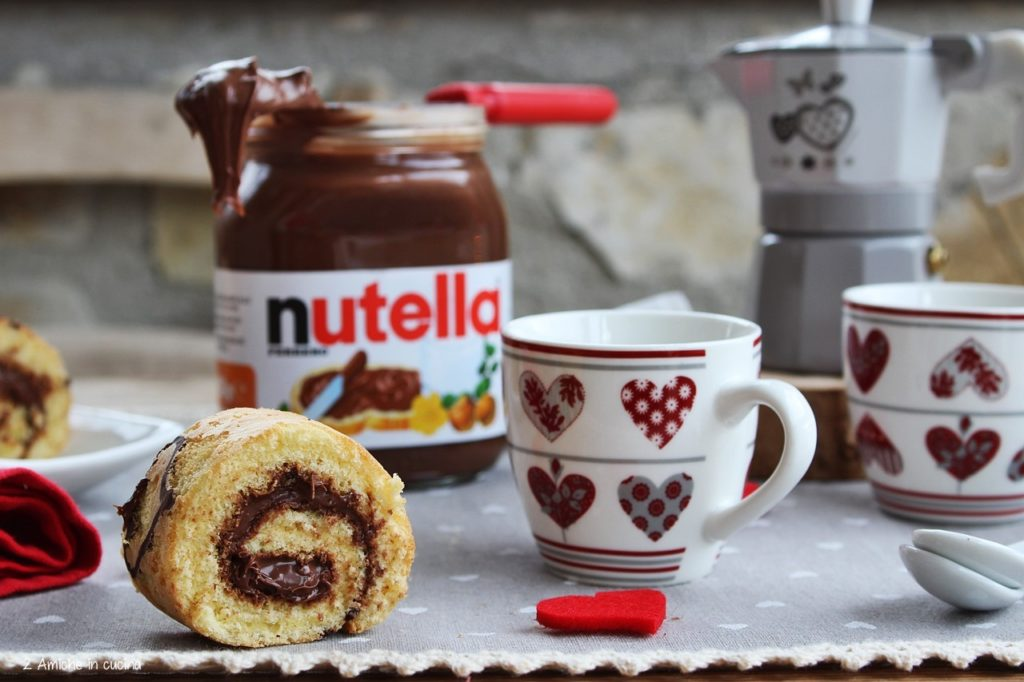 Girella alla Nutella e caffè