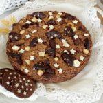 Torta cookie con Pan di Stelle, crema Pan di Stelle, nocciole e cioccolato