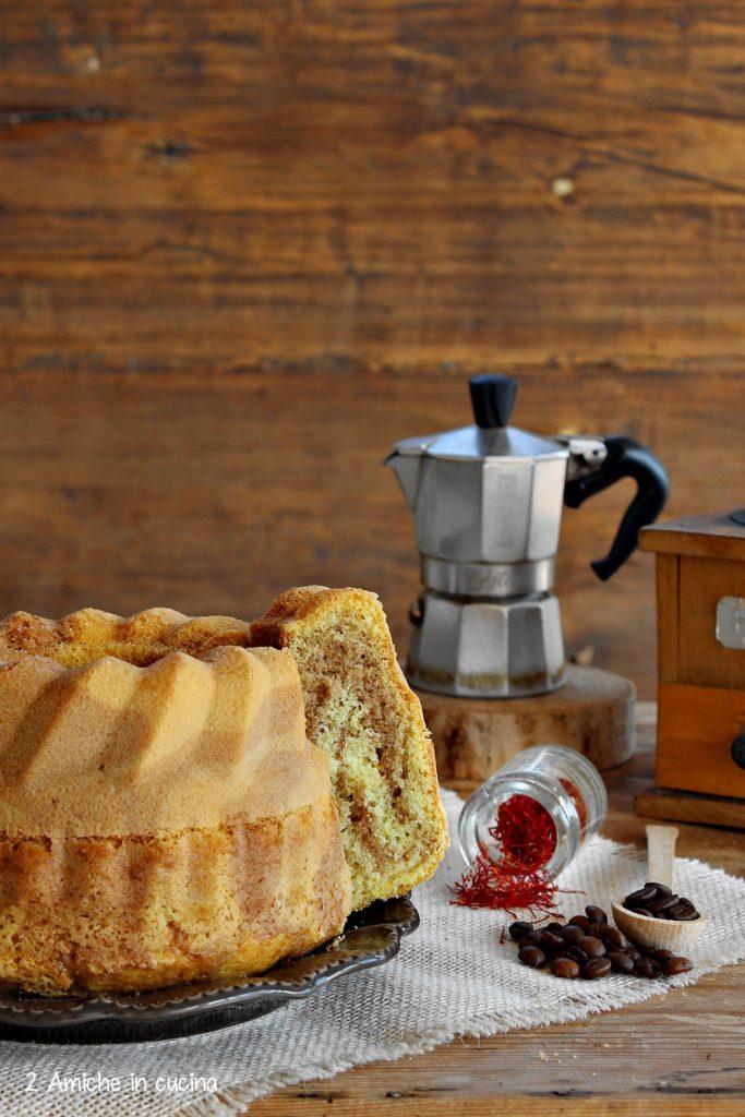 Ciambella al caffè con zafferano purissimo in stimmi