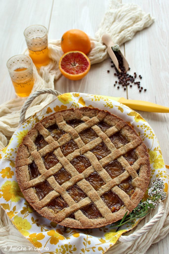 Crostata rustica con farina di roveja di Civita di Cascia e marmellata di arance
