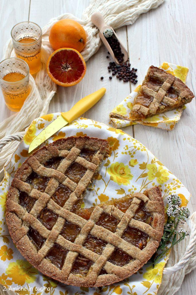 Crostata per la colazione con farina di roveja e marmellata di arance