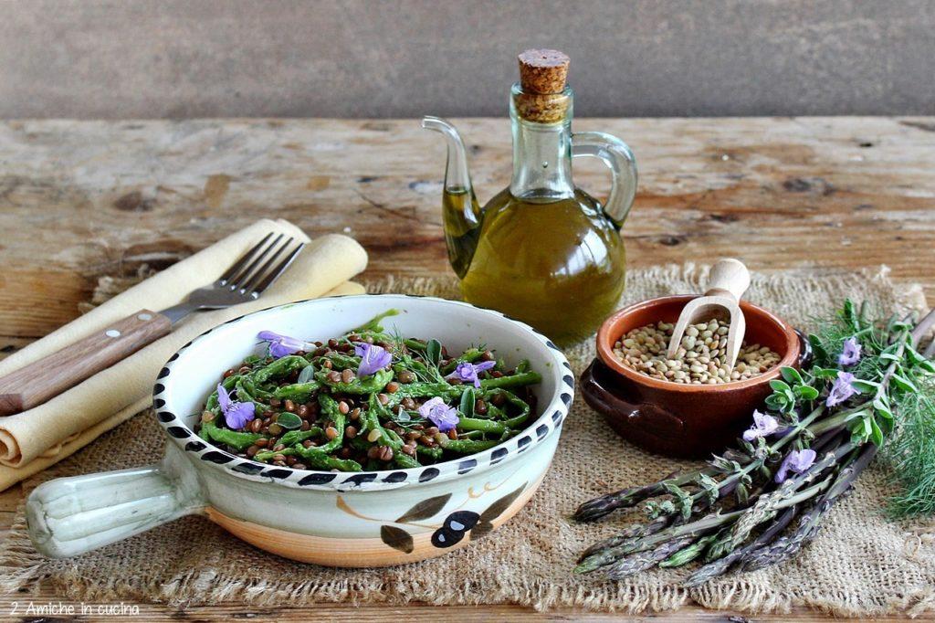Insalata tiepida di legumi e asparagi