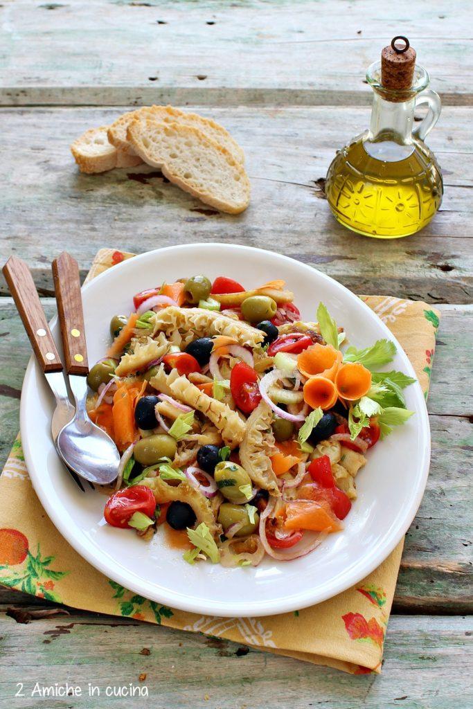 Piatto freddo con trippa e verdure