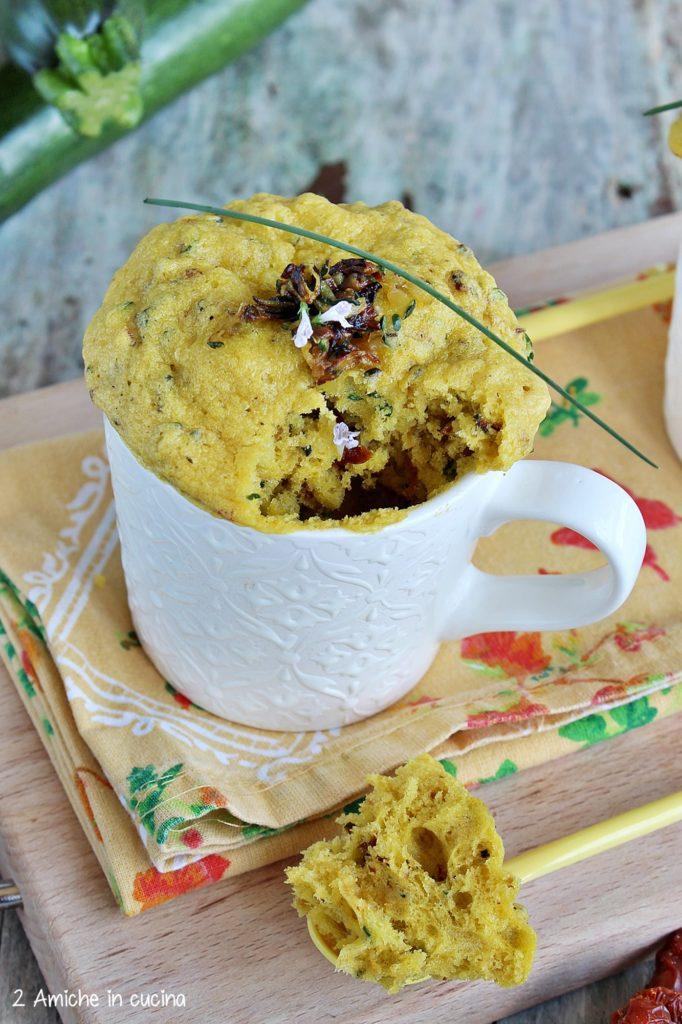 Torte in tazza facili e veloci, cotte nel microonde