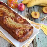 banana bread senza lattosio con mandorle e prugne