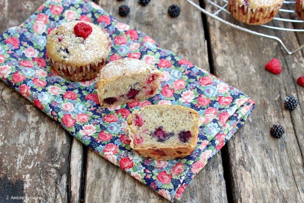 muffin vegan con ricotta alla soia e frutti rossi