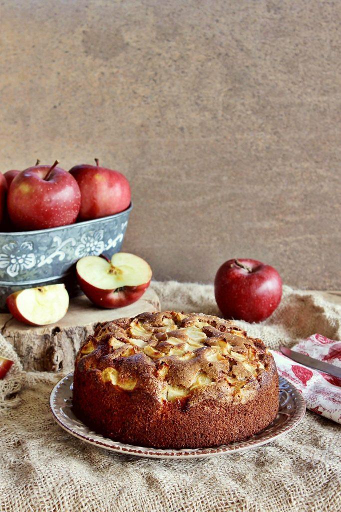 torta di mele e farina di roveja di Civita di Cascia