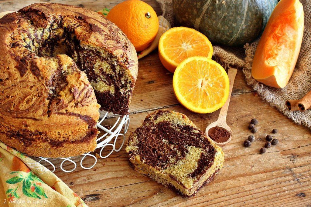chiffon cake variegata con zucca, arancia e spezie