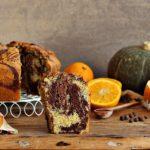 chiffon cake variegata alla zucca e cacao con spezie e arancia, senza lattosio