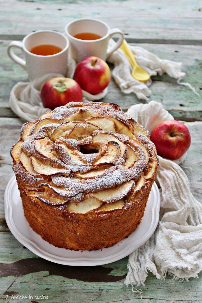 Torta alta e soffice alle mele, senza lattosio