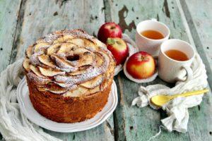 Chiffon cake alle mele