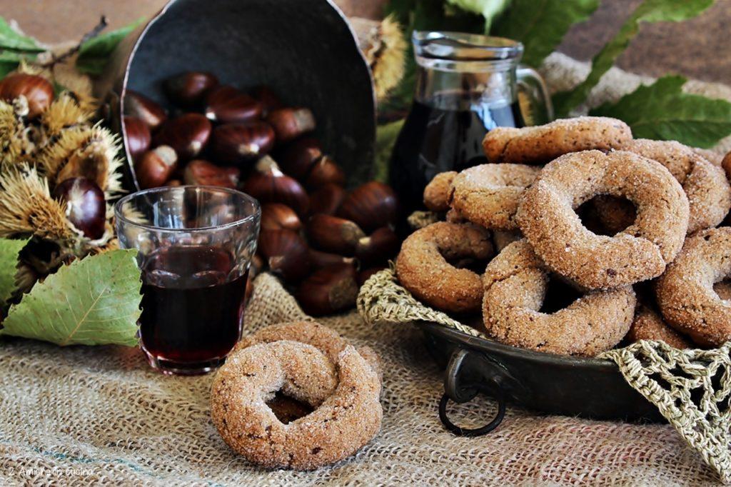 Ciambelle croccanti con castagne e vino