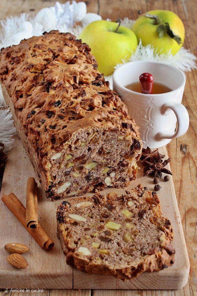 Apfelbrot, il pan di mele tedesco, ricetta tipica di Natale