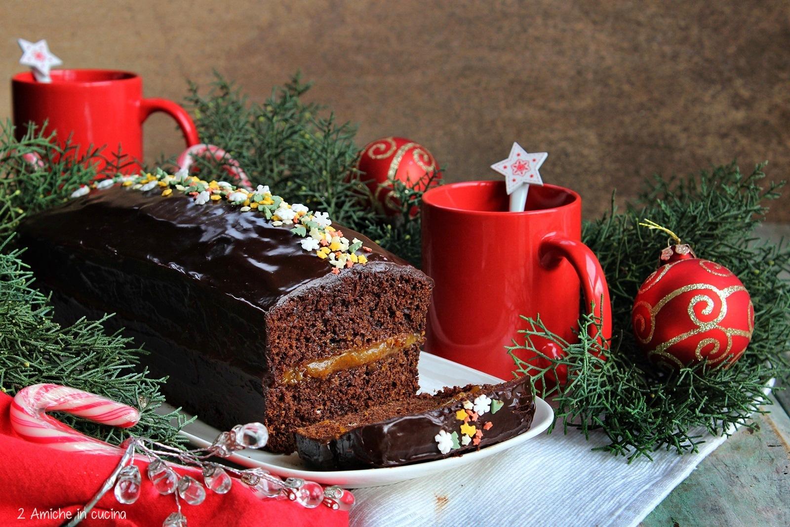Pçiernik, dolce di natale polacco con spezie, confettura di prugne e glassa al cioccolato