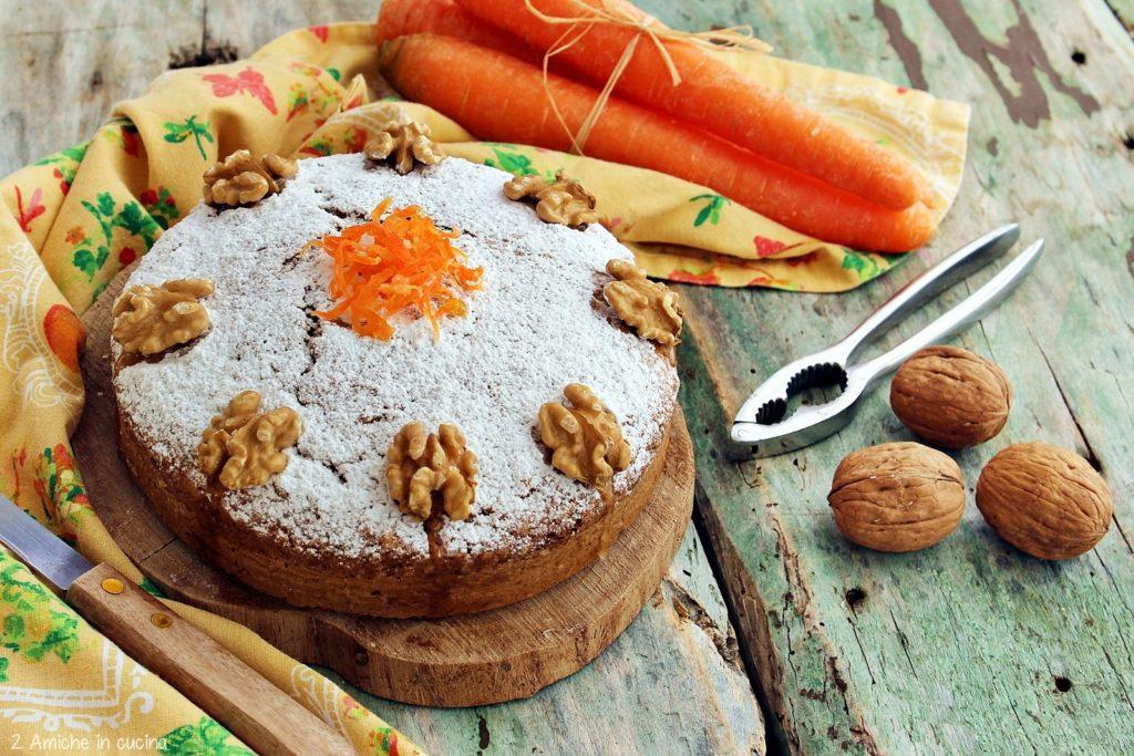 Torta di carote e noci senza lattosio