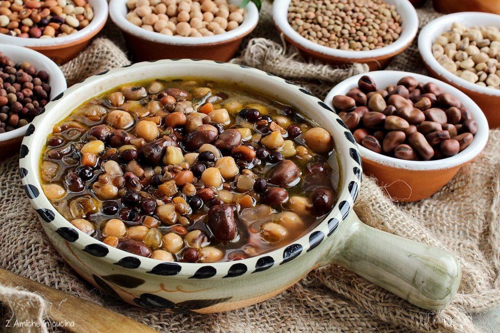 Zuppa di legumi tipici umbri
