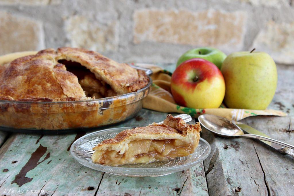 Fetta di Apple pie, la torta di mele americana