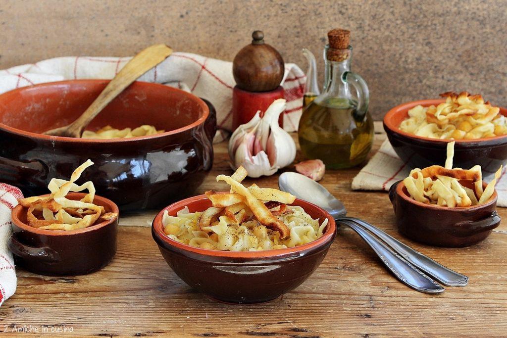Ciceri e tria per le tavole di San Giuseppe – Pasta e ceci salentina