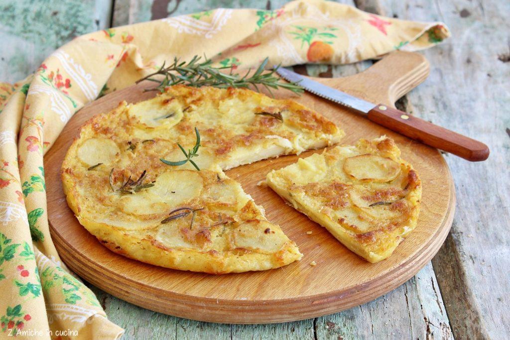 Farinata di ceci farcita con patate e rosmarino