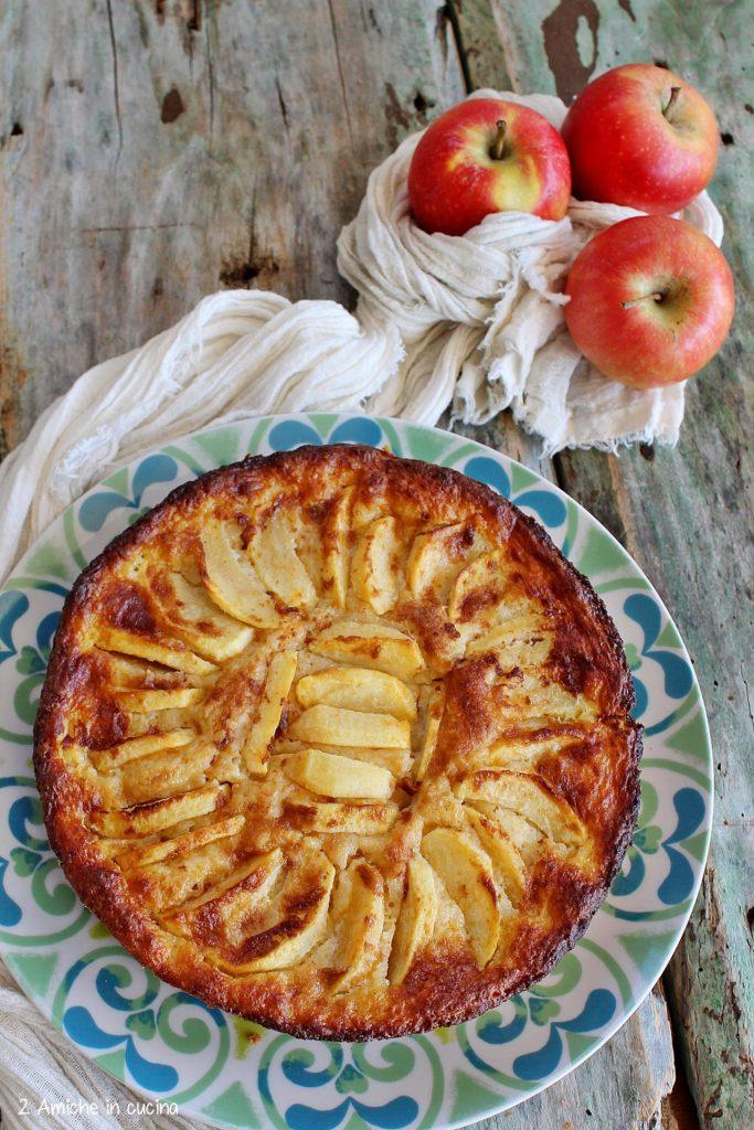 """Dolce tipico con le mele per la rubrica """"Il giro del mondo con i dolci alle mele"""""""