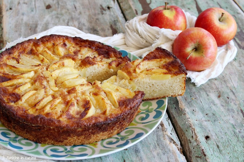 Torta di mele morbida e profumata alla cannella