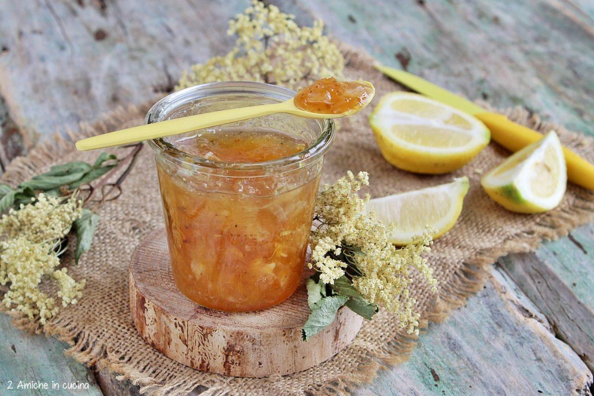 marmellata di limoni bio e fiori di sambuco essiccati