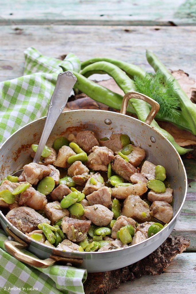 Spezzatino di maiale con le fave