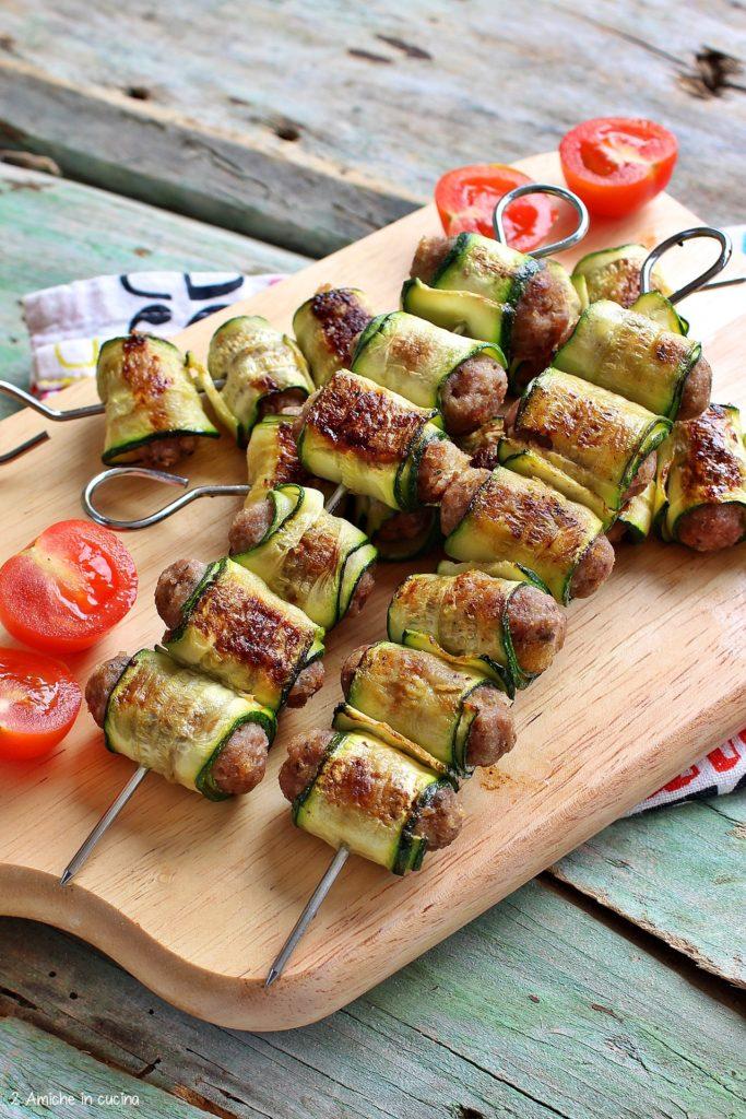 Polpettine di carne avvolte in sottili fette di zucchine