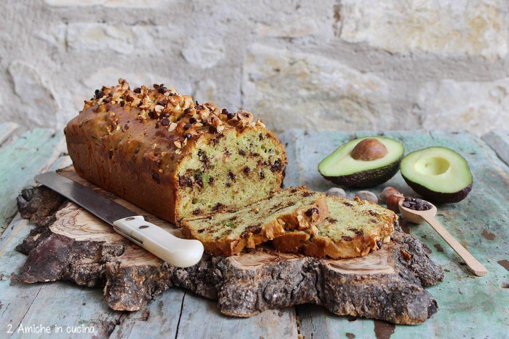 Avocado bread alle nocciole e cioccolato