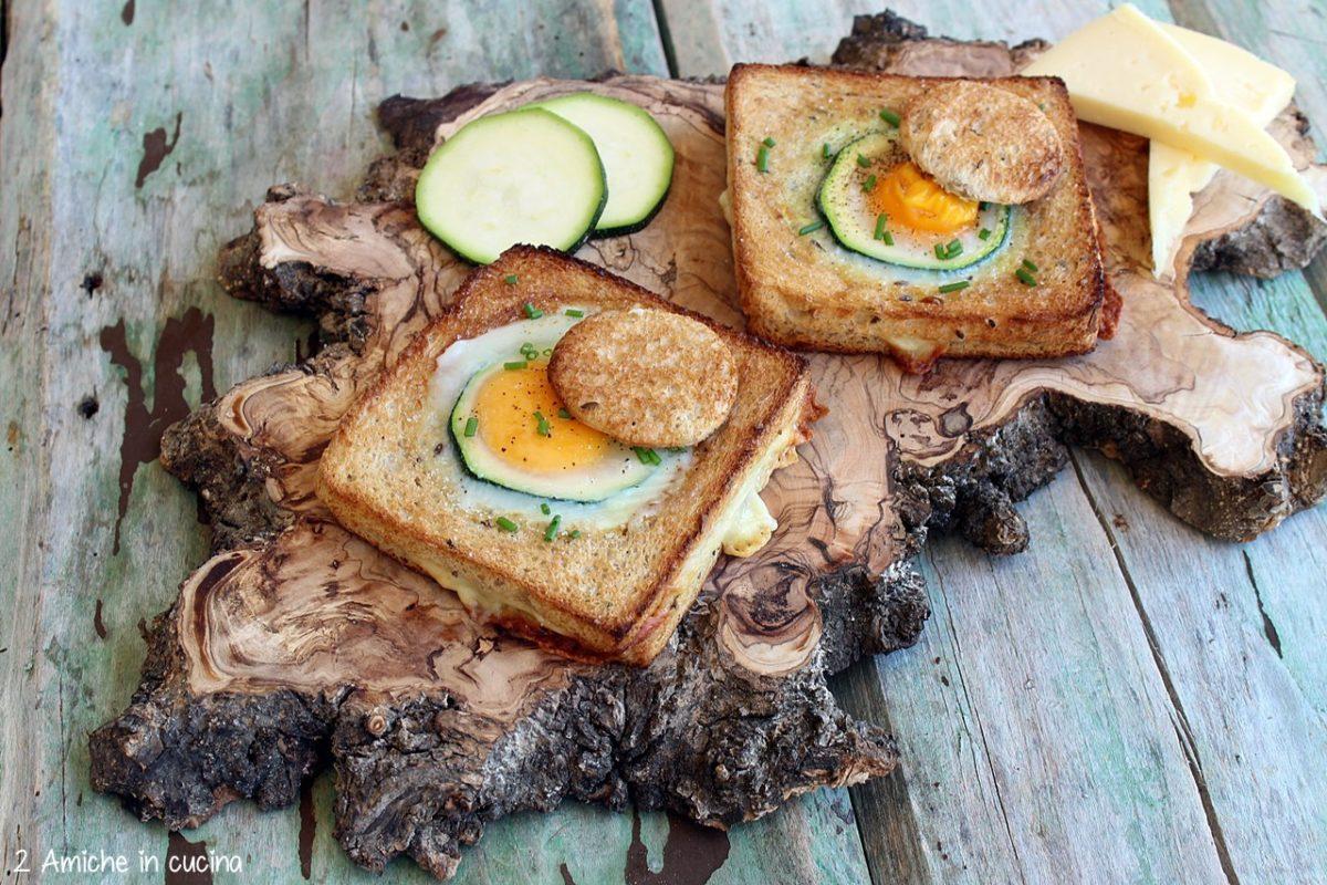 toasta ai cereali con asiago, cotto , zucchine e uovo ad occhio di bue
