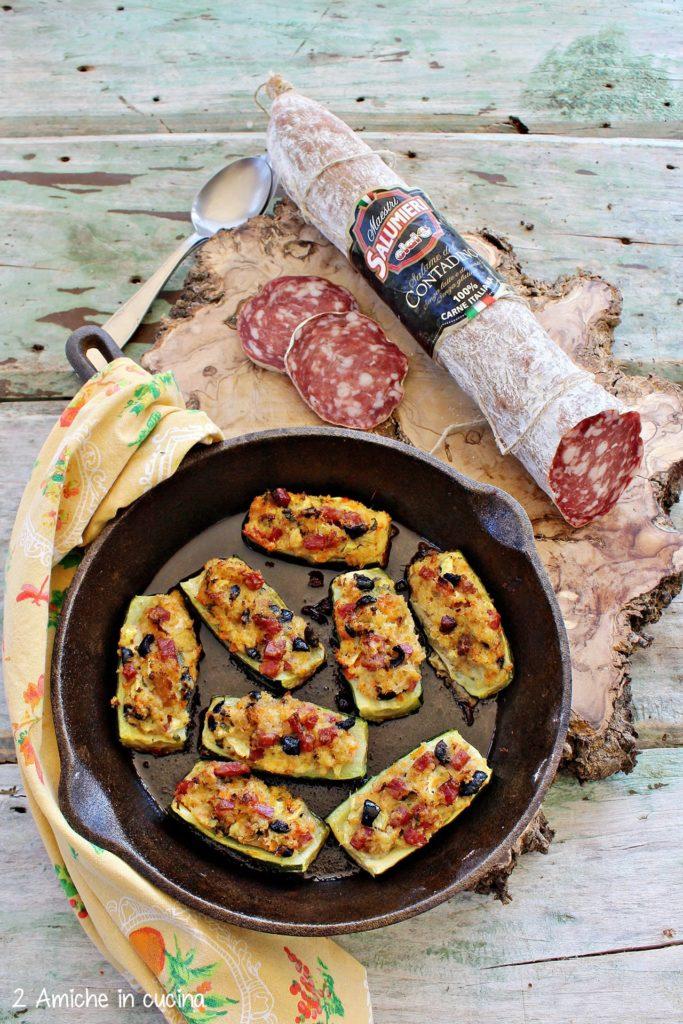 Barchette di zucchine ripiene di pane raffermo, e salame