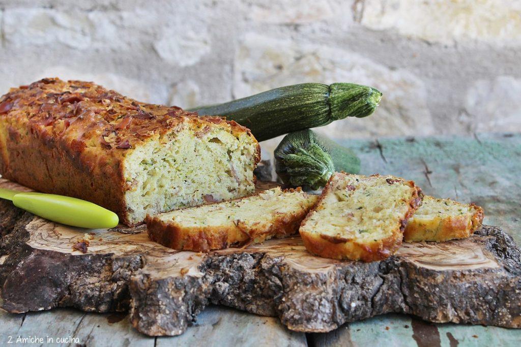 Plumcake salato con zucchine e speck