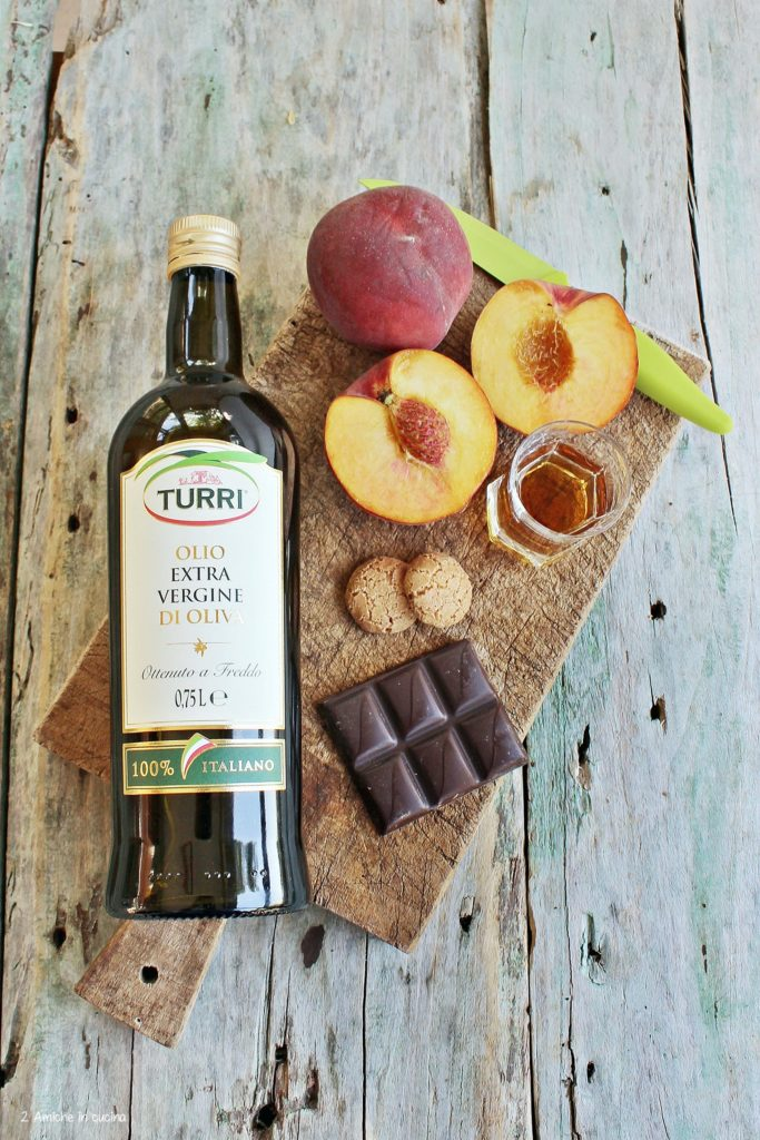 Olio Turri, cioccolato, pesche fresche e brandy