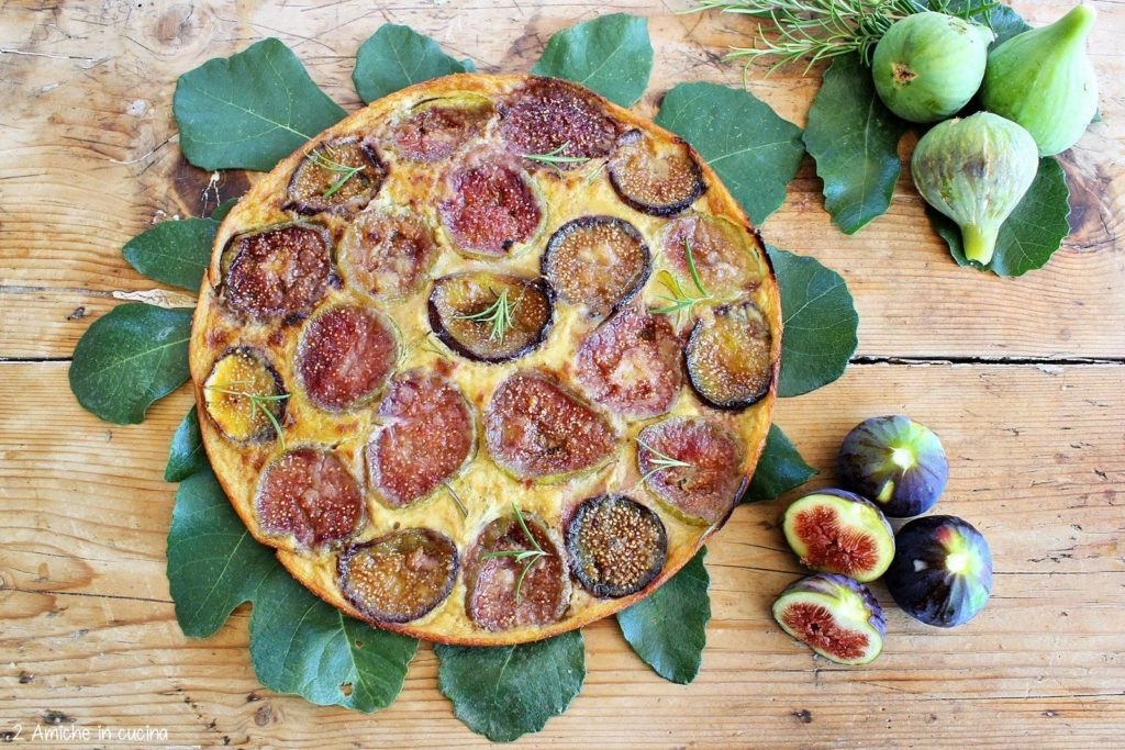 Farinata dolce con fichi freschi e rosmarino