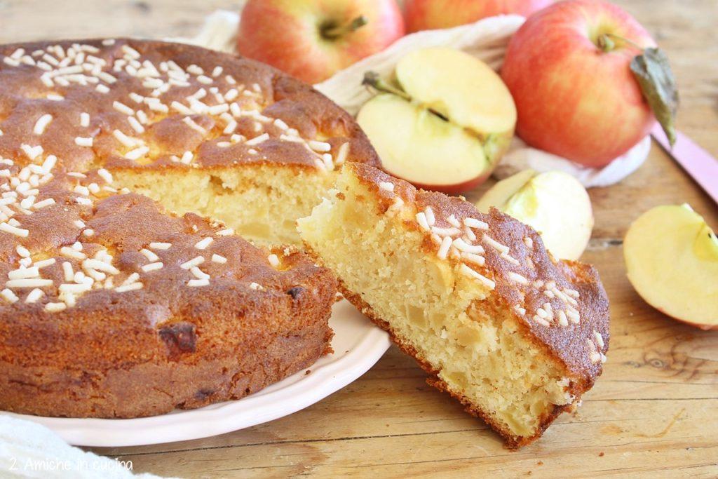 Torta madeleine alle mele – Gâteaux madeleine aux pommes