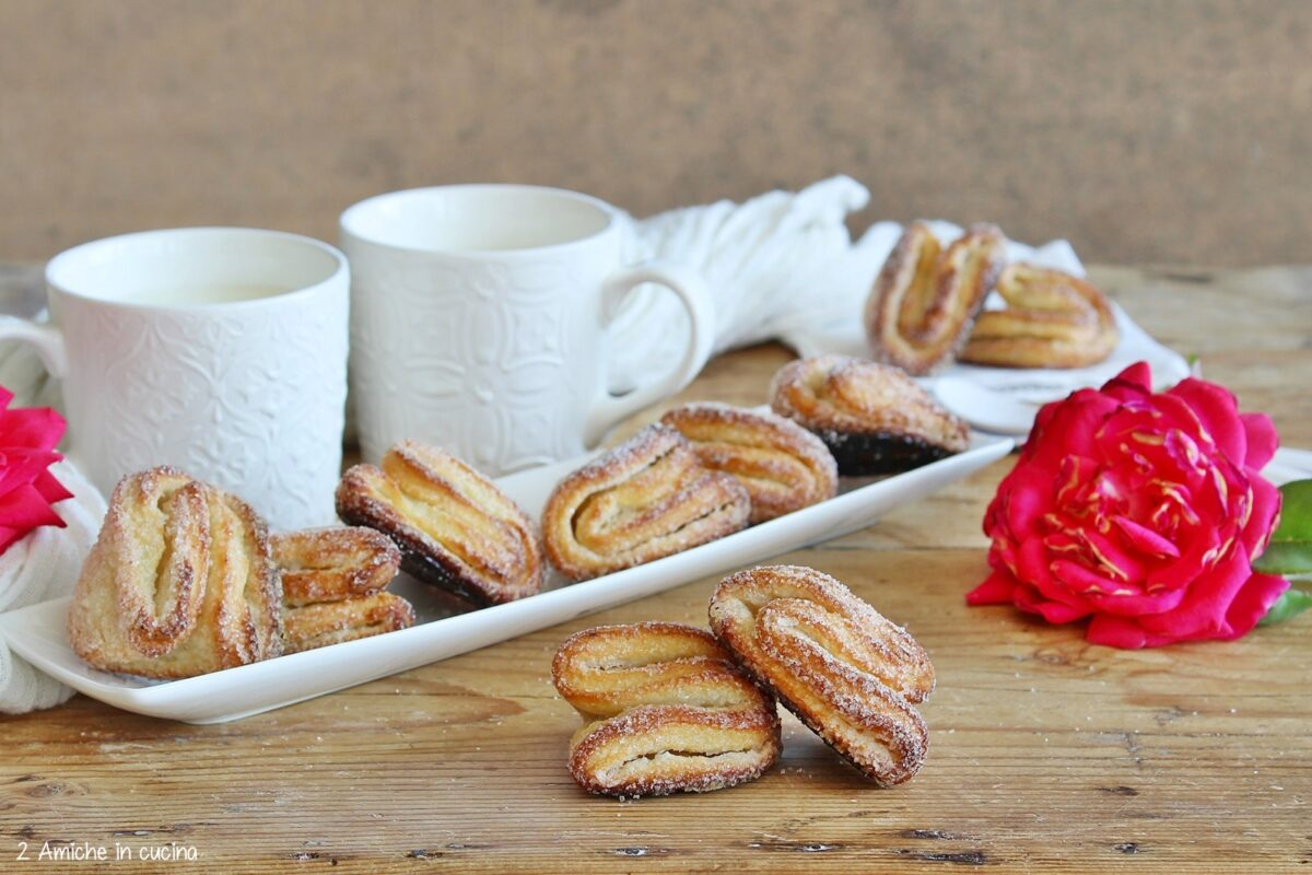 Biscotti uzbeki piegati a conchiglia