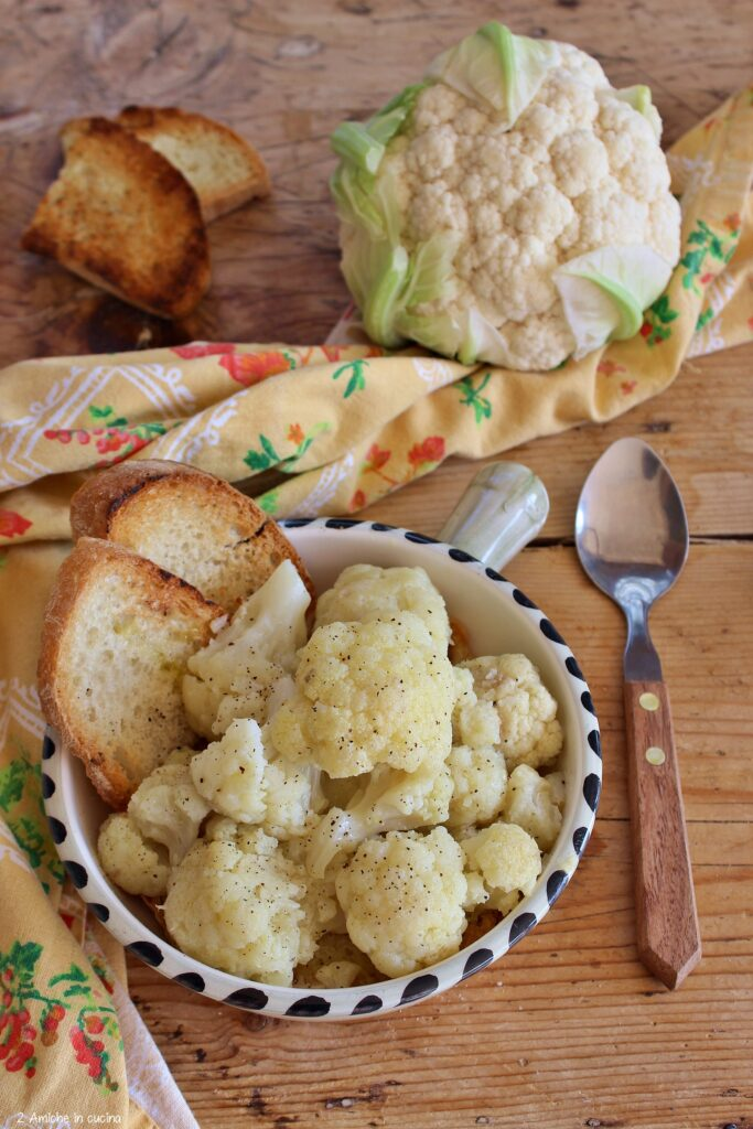 Pane tostato e cavolfiore, ricetta tipica umbra