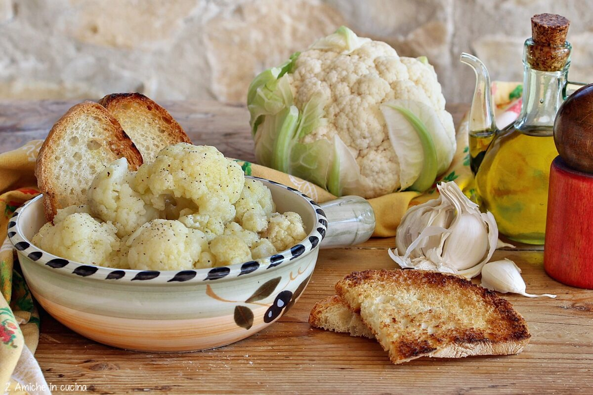 zuppa di pane e cavolfiore