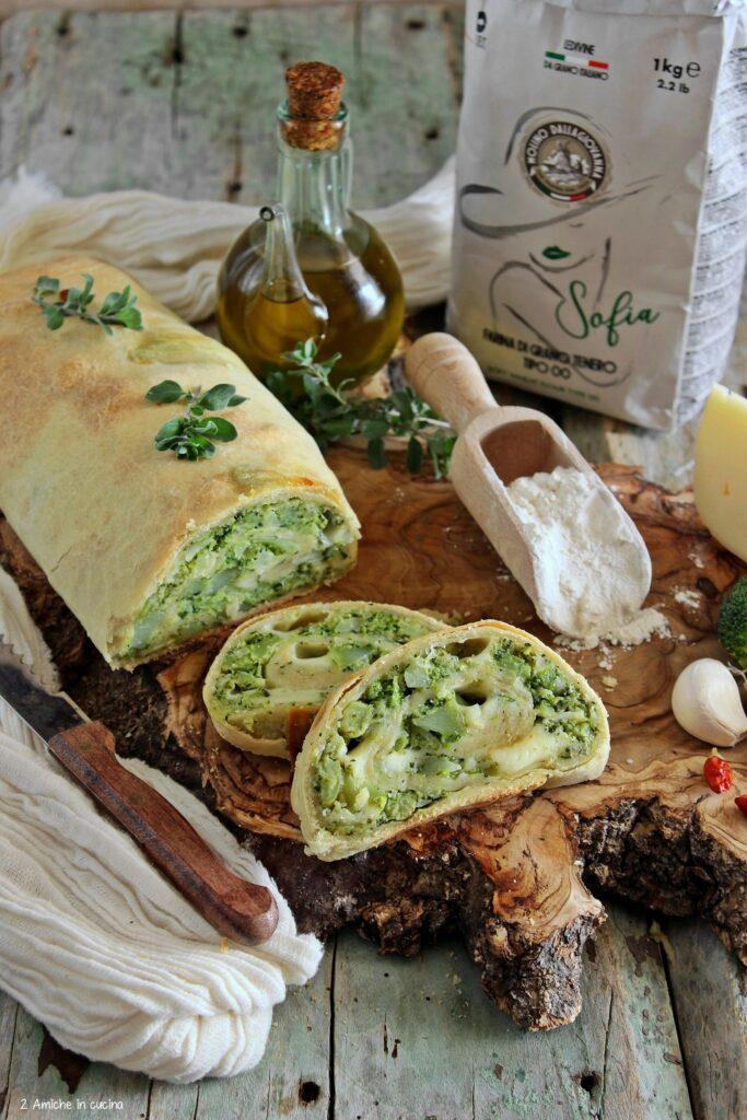 Strudel salato con verdura e formaggio