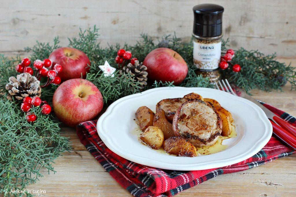 Medaglioni di filetto di maiale con mele e coriandolo