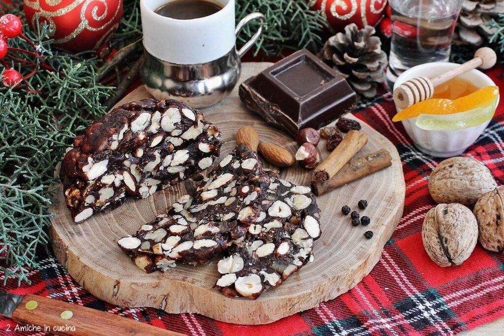 Pampepato, il dolce tipico ternano di Natale
