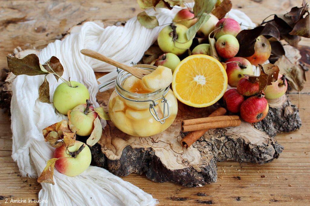 Frutta autunnale allo sciroppo