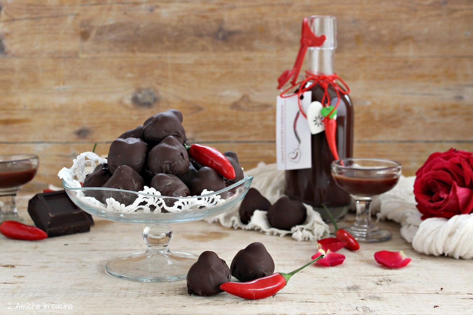 Ricetta dei Baci Perugina fatti in casa con liquopre al cioccolato e peperoncino piccante