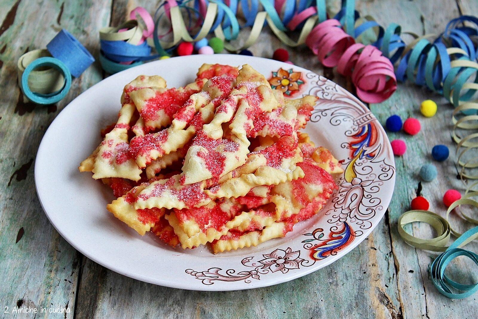 dolci fritti di carnevale con alchermes