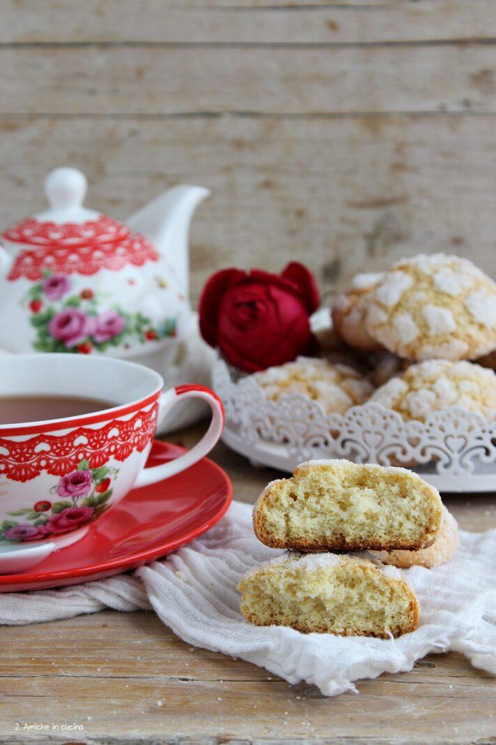 Biscotti friabili da servire con il te