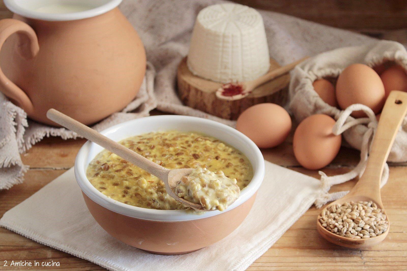 Zuppa medievale con tuorlo d'uovo e zafferano