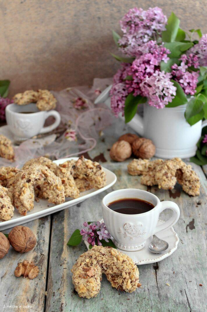 Orasnice biscotti bosniaci da accompagnare al caffè senza glutine e senza lattosio