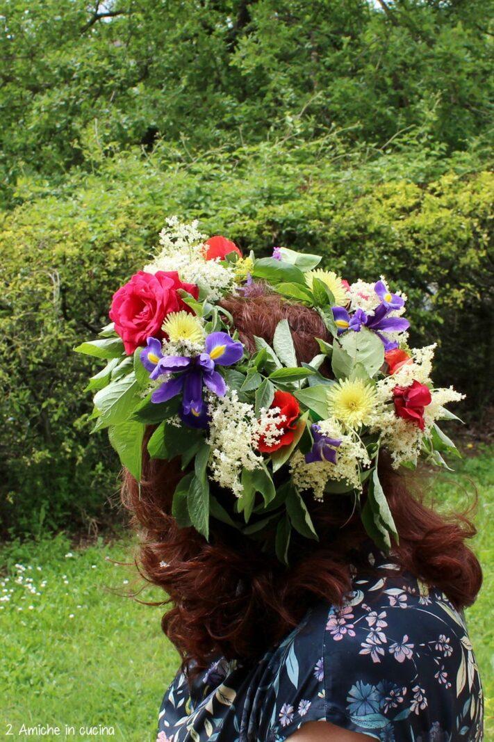 Corona di fiori per la festa di San Giovanni