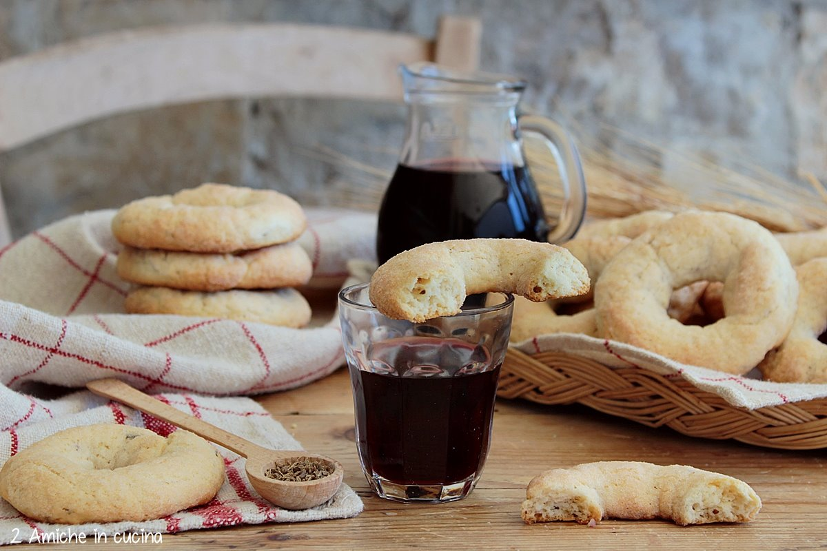 biscotti al vino tipici dei Castelli Romani