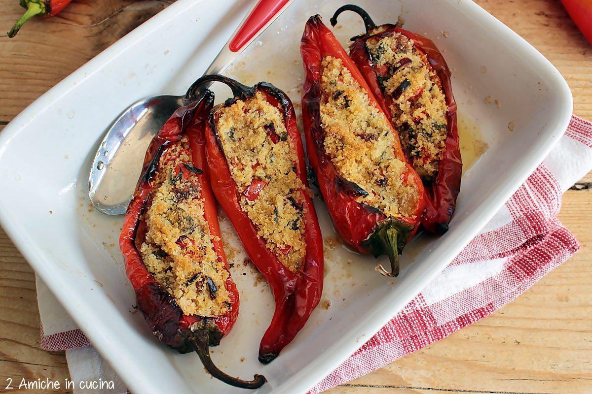 peperoni cornetti rossi gratinati in forno